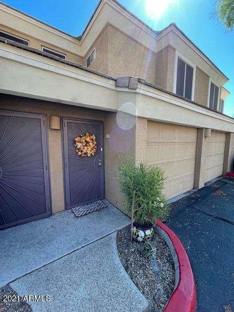 1411 E Orangewood Avenue #224, Phoenix, AZ 85020 (MLS #6297013) :: The Dobbins Team