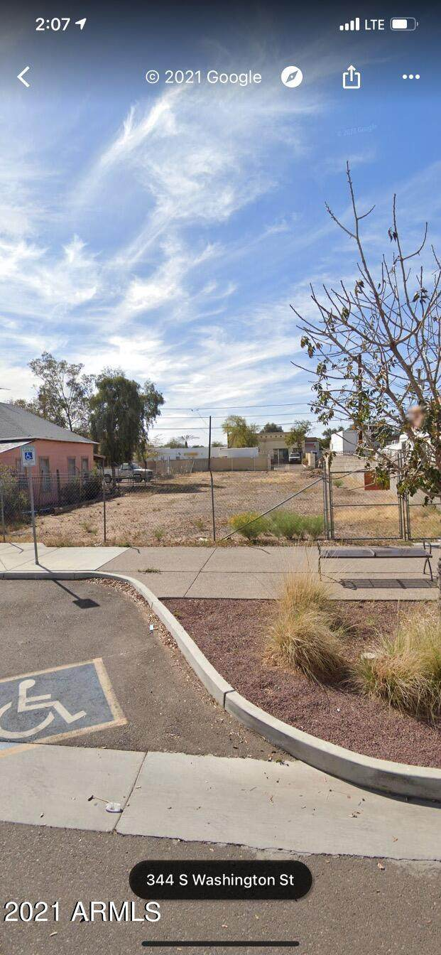 344 S Washington Street, Chandler, AZ 85225 (MLS #6297516) :: CANAM Realty Group
