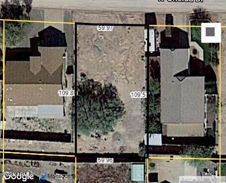 8901 W Oneida Drive, Arizona City, AZ 85123 (MLS #6298060) :: Klaus Team Real Estate Solutions