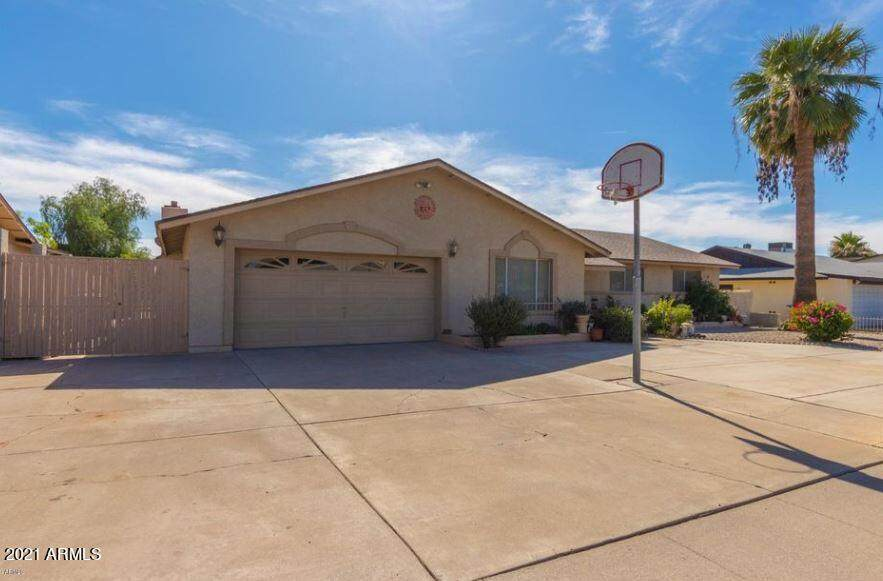 4551 Shaw Butte Drive - Photo 1
