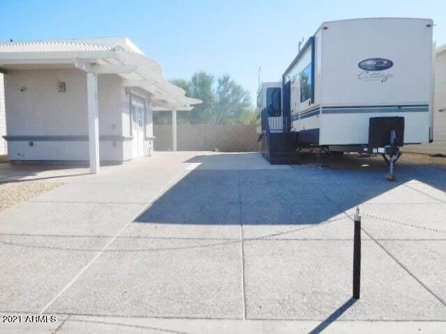 17200 W Bell Road W, Surprise, AZ 85374 (MLS #6305822) :: The Daniel Montez Real Estate Group