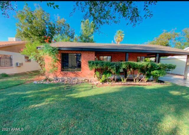 3108 E Cypress Street, Phoenix, AZ 85008 (MLS #6306886) :: Dijkstra & Co.