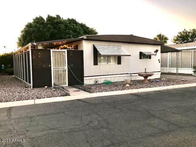 535 S Alma School Road #84, Mesa, AZ 85210 (MLS #6307803) :: The Helping Hands Team