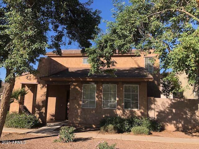 5126 W Fulton Street, Phoenix, AZ 85043 (MLS #6308439) :: Yost Realty Group at RE/MAX Casa Grande
