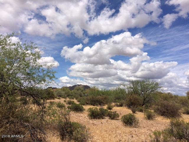 14313 E Windstone Trail, Scottsdale, AZ 85262 (MLS #5426211) :: The Garcia Group @ My Home Group