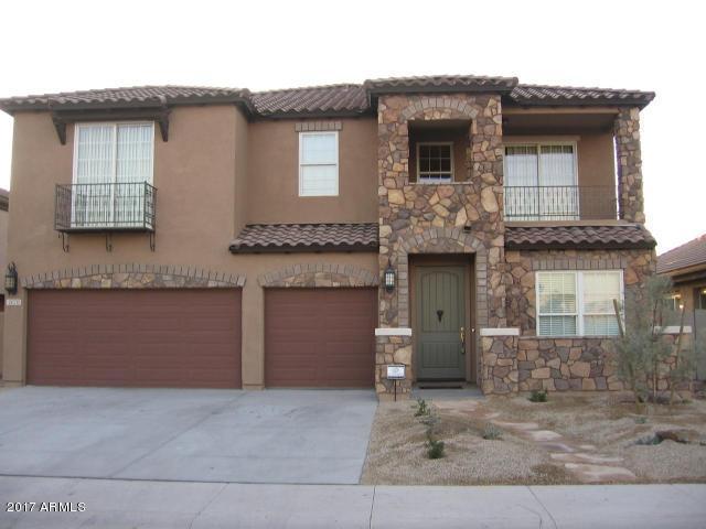 4670 S Robins Way, Chandler, AZ 85249 (MLS #5664658) :: Santizo Realty Group