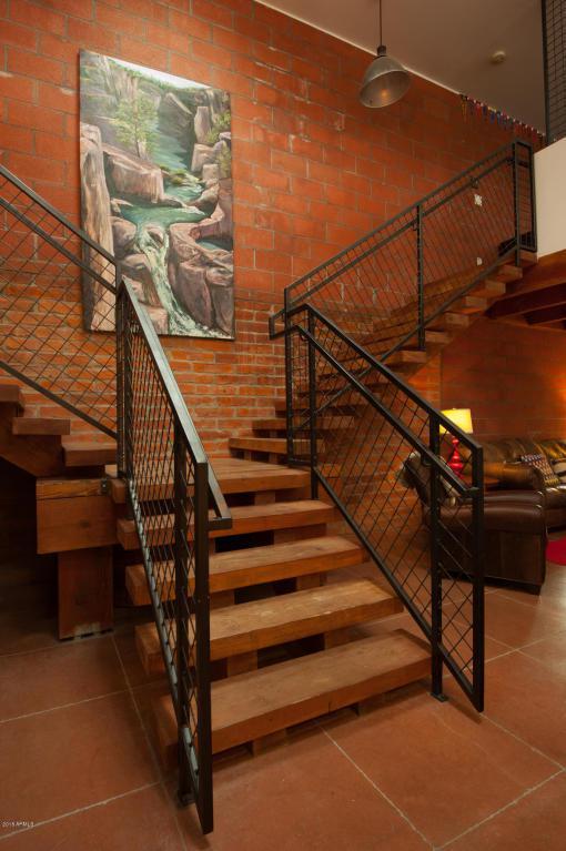 4040 E Cudia Way E, Phoenix, AZ 85018 (MLS #5735210) :: Cambridge Properties