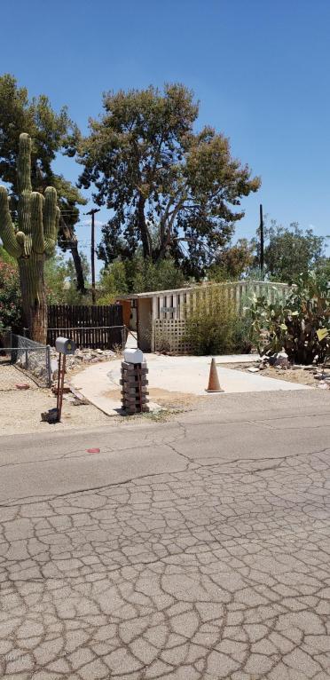 17623 N Bluebird Lane, Phoenix, AZ 85022 (MLS #5763317) :: The Daniel Montez Real Estate Group