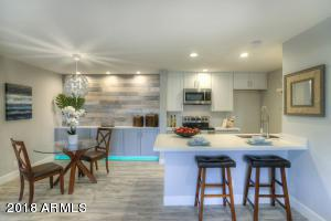 8055 E Thomas Road M104, Scottsdale, AZ 85251 (MLS #5768056) :: The Laughton Team