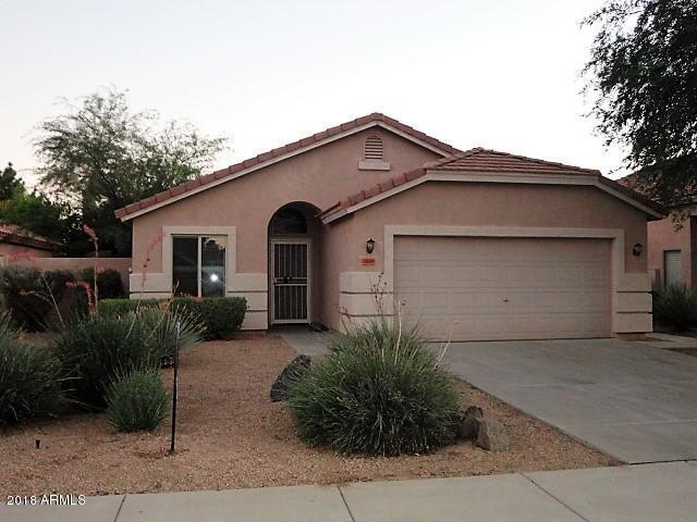3105 E Desert Lane, Gilbert, AZ 85234 (MLS #5789071) :: The Jesse Herfel Real Estate Group