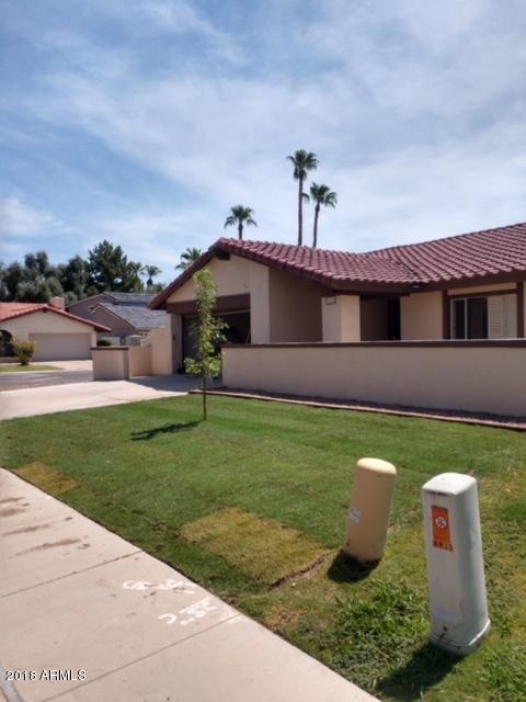 1433 E Bayview Drive, Tempe, AZ 85283 (MLS #5814745) :: Conway Real Estate