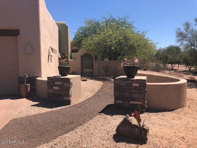 33035 N 55TH Street, Cave Creek, AZ 85331 (MLS #5821088) :: The Wehner Group