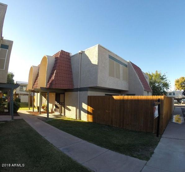 5957 W Townley Avenue, Glendale, AZ 85302 (MLS #5834322) :: The Garcia Group