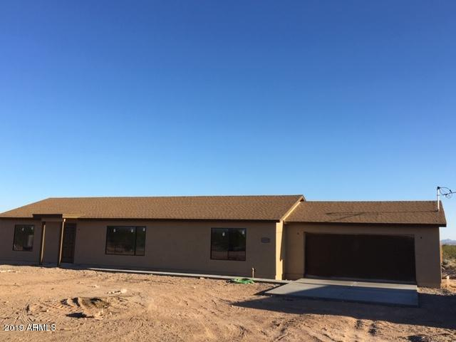 31807 W Buchanan Street, Buckeye, AZ 85326 (MLS #5850477) :: Yost Realty Group at RE/MAX Casa Grande