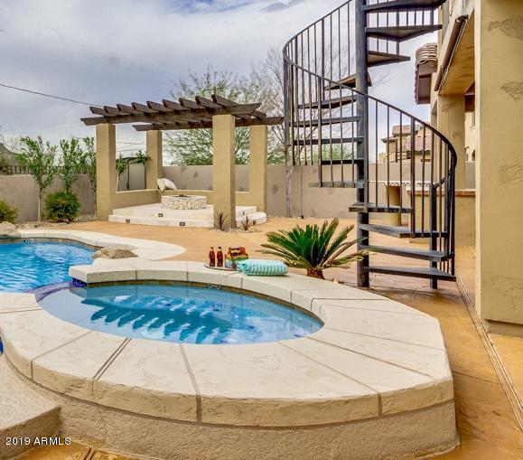 8620 S 21ST Place, Phoenix, AZ 85042 (MLS #5875705) :: Devor Real Estate Associates