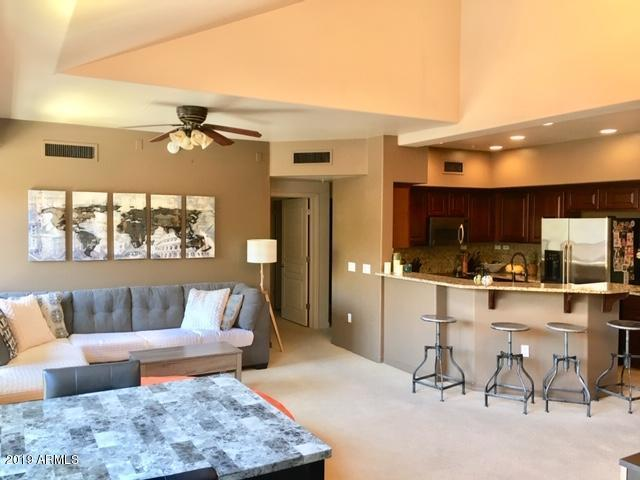 20660 N 40TH Street #2168, Phoenix, AZ 85050 (MLS #5900482) :: The Bill and Cindy Flowers Team