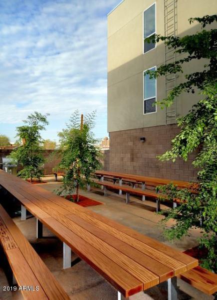 727 E Portland Street #26, Phoenix, AZ 85006 (MLS #5900899) :: Yost Realty Group at RE/MAX Casa Grande