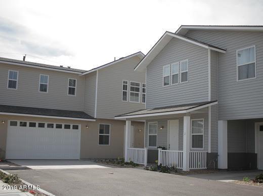 3218 W Glendale Avenue #9, Phoenix, AZ 85051 (MLS #5930794) :: Conway Real Estate