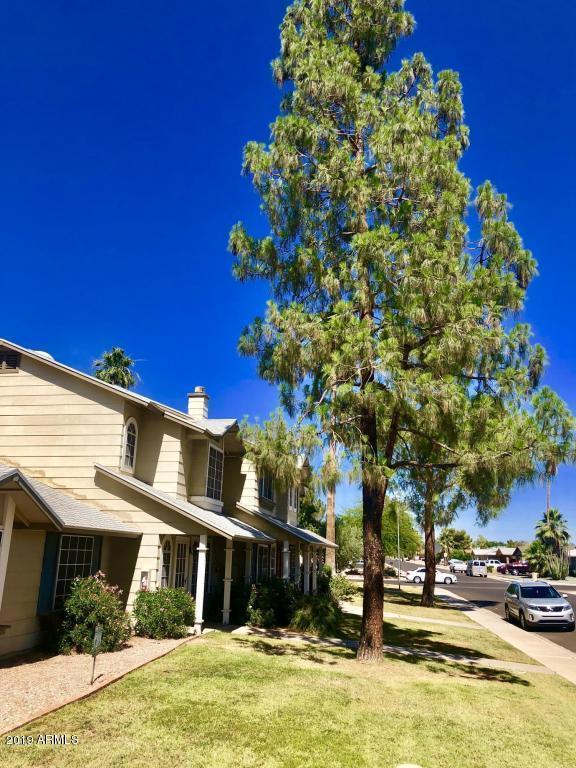 10100 N 89TH Avenue N #8, Peoria, AZ 85345 (MLS #5947235) :: Occasio Realty