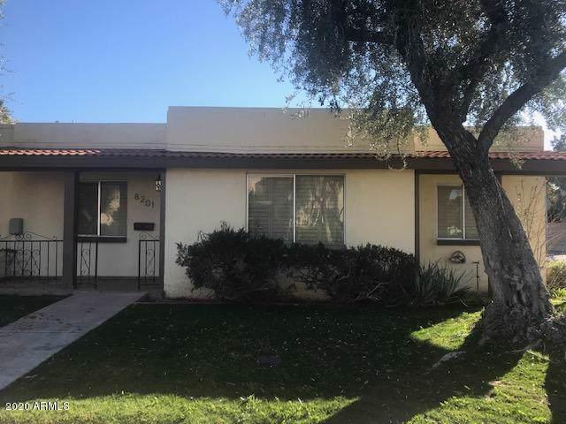 8201 E Valley Vista Drive, Scottsdale, AZ 85250 (MLS #6028761) :: Brett Tanner Home Selling Team