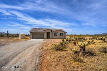 4119 W Sunset Drive, New River, AZ 85087 (MLS #6101046) :: The Bill and Cindy Flowers Team