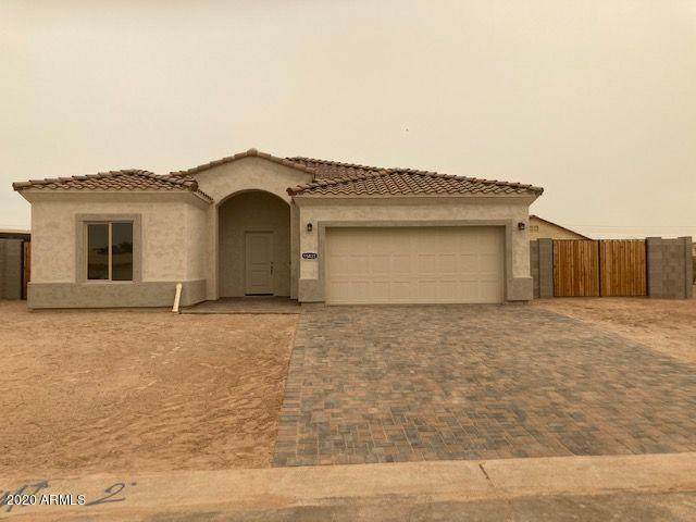 15421 S Sequoia Circle, Arizona City, AZ 85123 (MLS #6109661) :: Klaus Team Real Estate Solutions