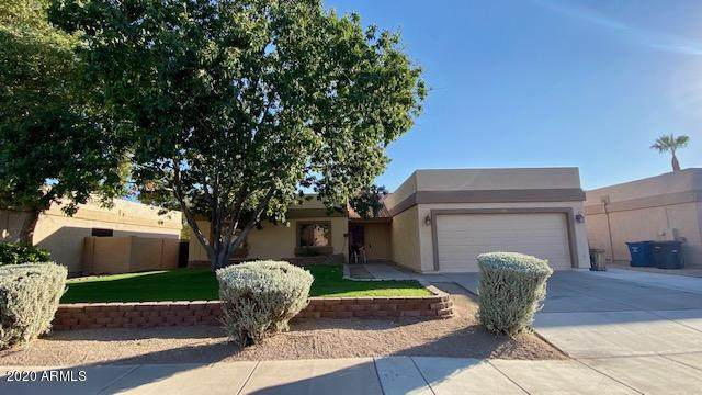 1581 E Elgin Street, Chandler, AZ 85225 (MLS #6153096) :: Long Realty West Valley