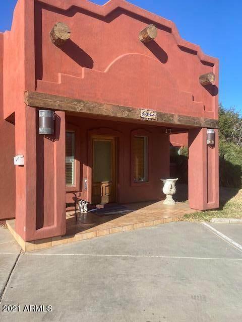 4344 E Clarendon Avenue, Phoenix, AZ 85018 (MLS #6194358) :: Yost Realty Group at RE/MAX Casa Grande