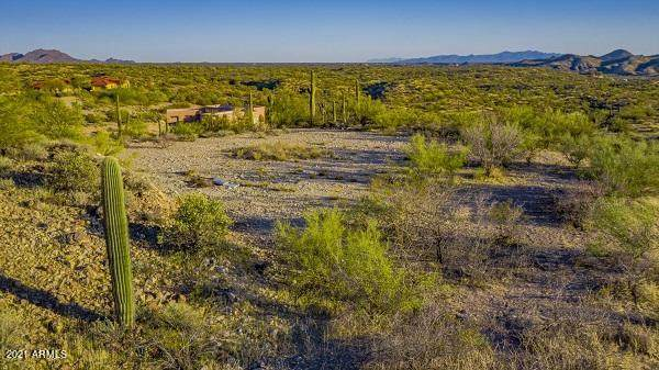 0 N 292nd Avenue, Wickenburg, AZ 85390 (MLS #6203562) :: Yost Realty Group at RE/MAX Casa Grande