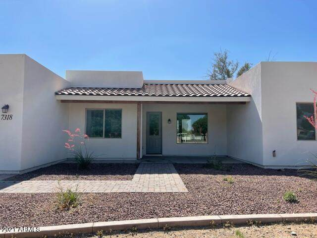 7318 N 183RD Avenue, Waddell, AZ 85355 (MLS #6208697) :: West Desert Group | HomeSmart
