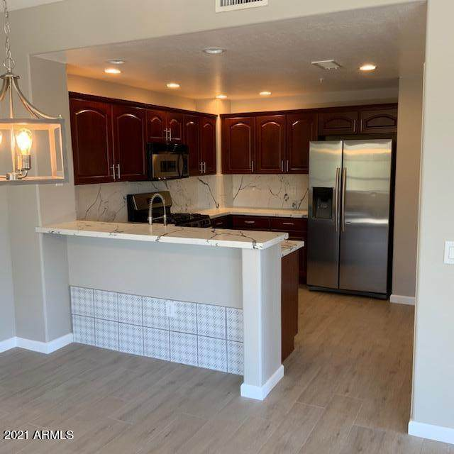19700 N 76TH Street #2105, Scottsdale, AZ 85255 (MLS #6209021) :: The Everest Team at eXp Realty