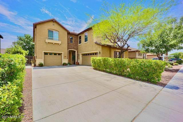 17643 W Ironwood Street, Surprise, AZ 85388 (MLS #6221390) :: Yost Realty Group at RE/MAX Casa Grande