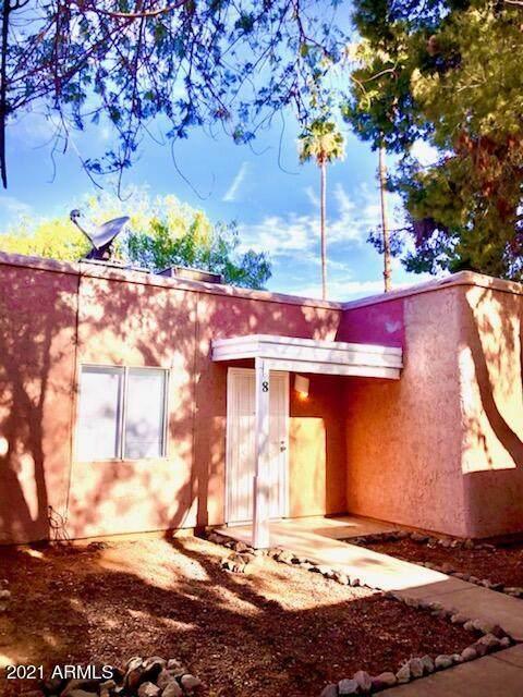 2846 N 46TH Avenue #8, Phoenix, AZ 85035 (MLS #6250777) :: Dave Fernandez Team | HomeSmart