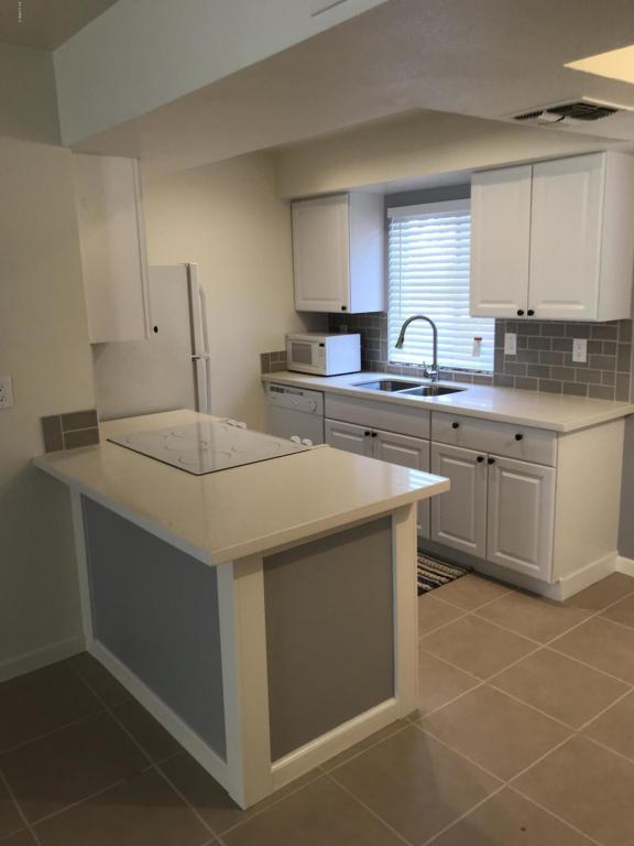 4554 E Paradise Village Parkway #215, Phoenix, AZ 85032 (MLS #5761051) :: Kepple Real Estate Group