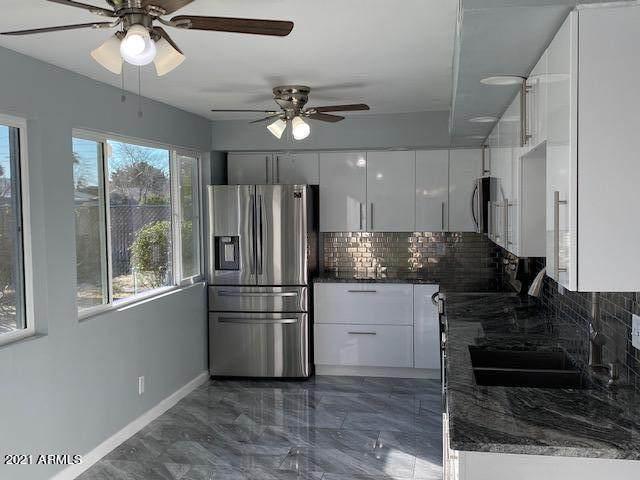 6735 N 10th Street, Phoenix, AZ 85014 (MLS #6180337) :: Yost Realty Group at RE/MAX Casa Grande