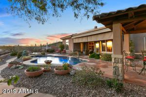 2237 W Camargo Drive W, Anthem, AZ 85086 (MLS #5894865) :: Santizo Realty Group