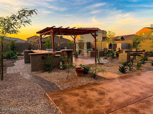 602 W Chapawee Trail, San Tan Valley, AZ 85140 (MLS #6138039) :: The Daniel Montez Real Estate Group