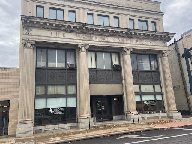 19 West Main St Suite 4 - Photo 1