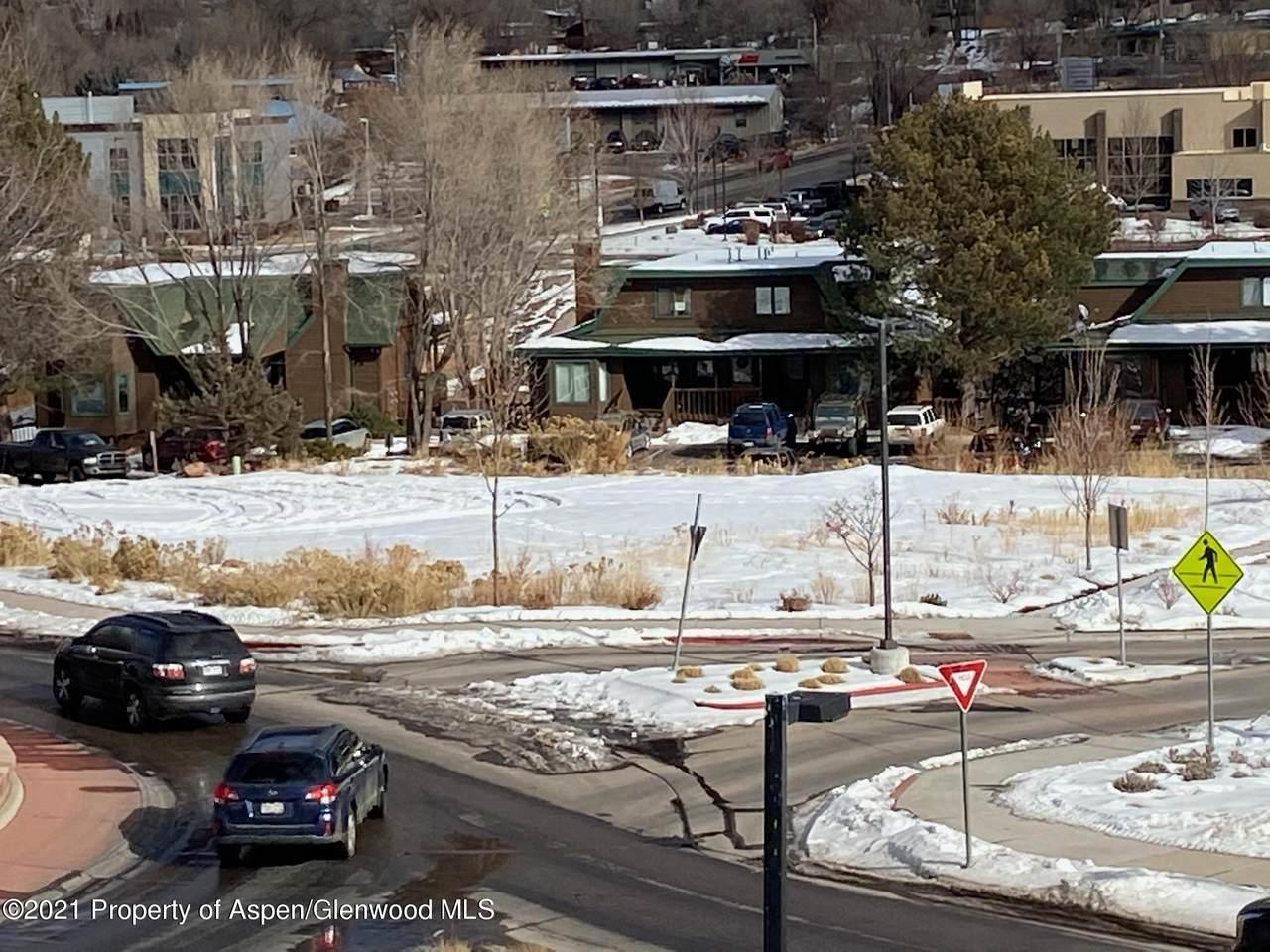 2800 Midland Avenue - Photo 1