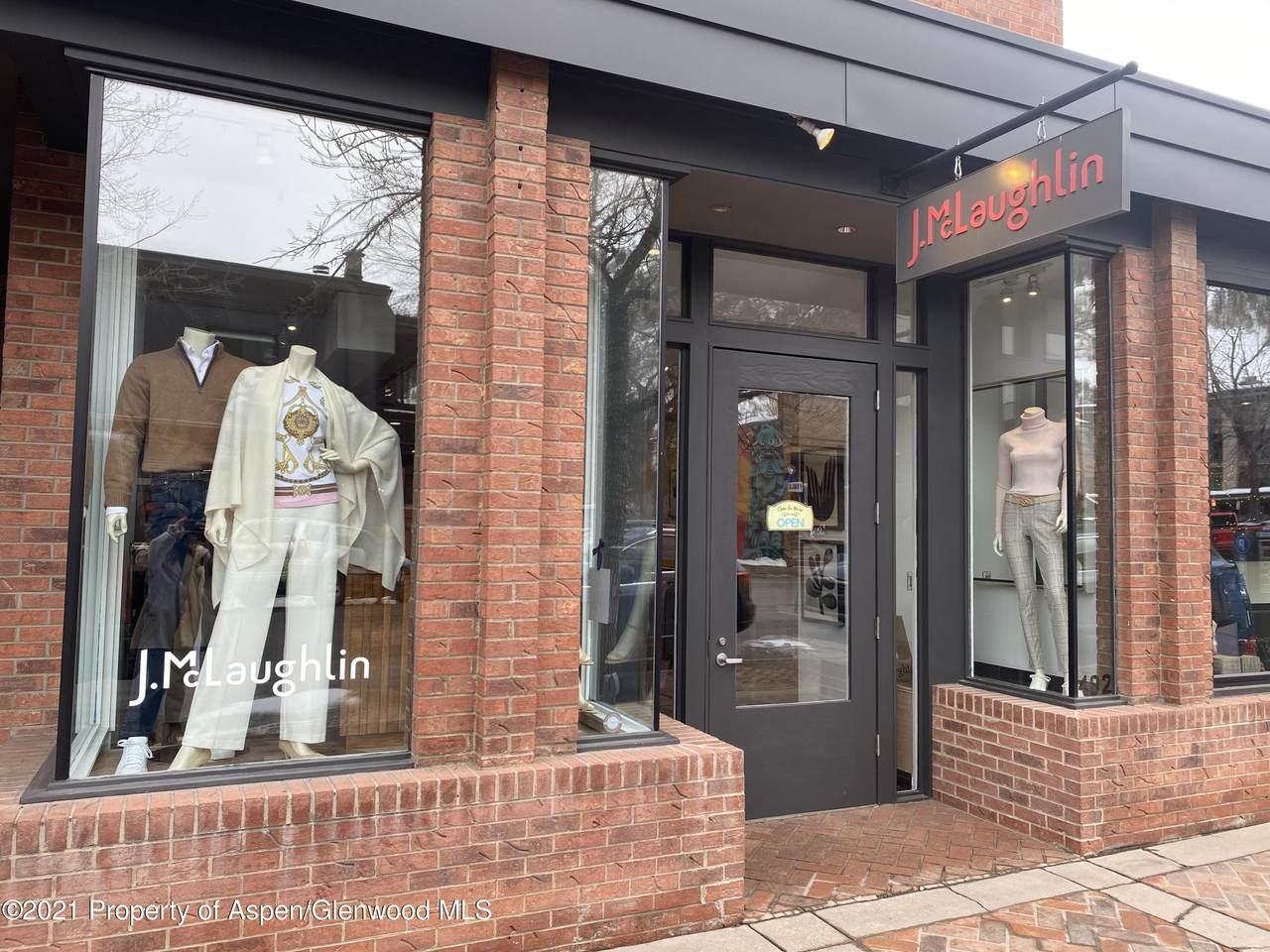 402 Hunter Street - Photo 1