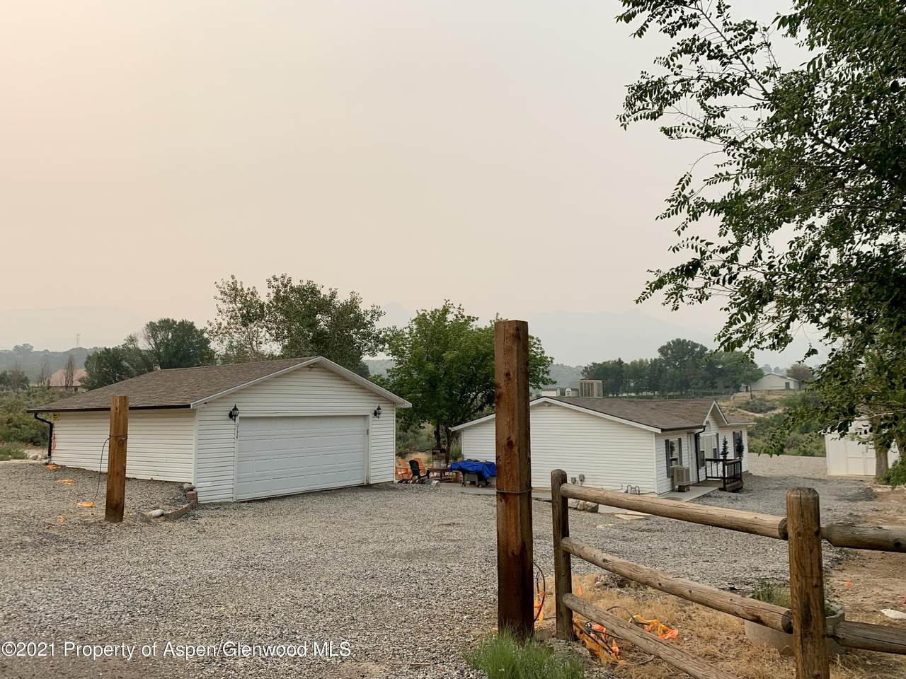 174 County Rd 301 - Photo 1