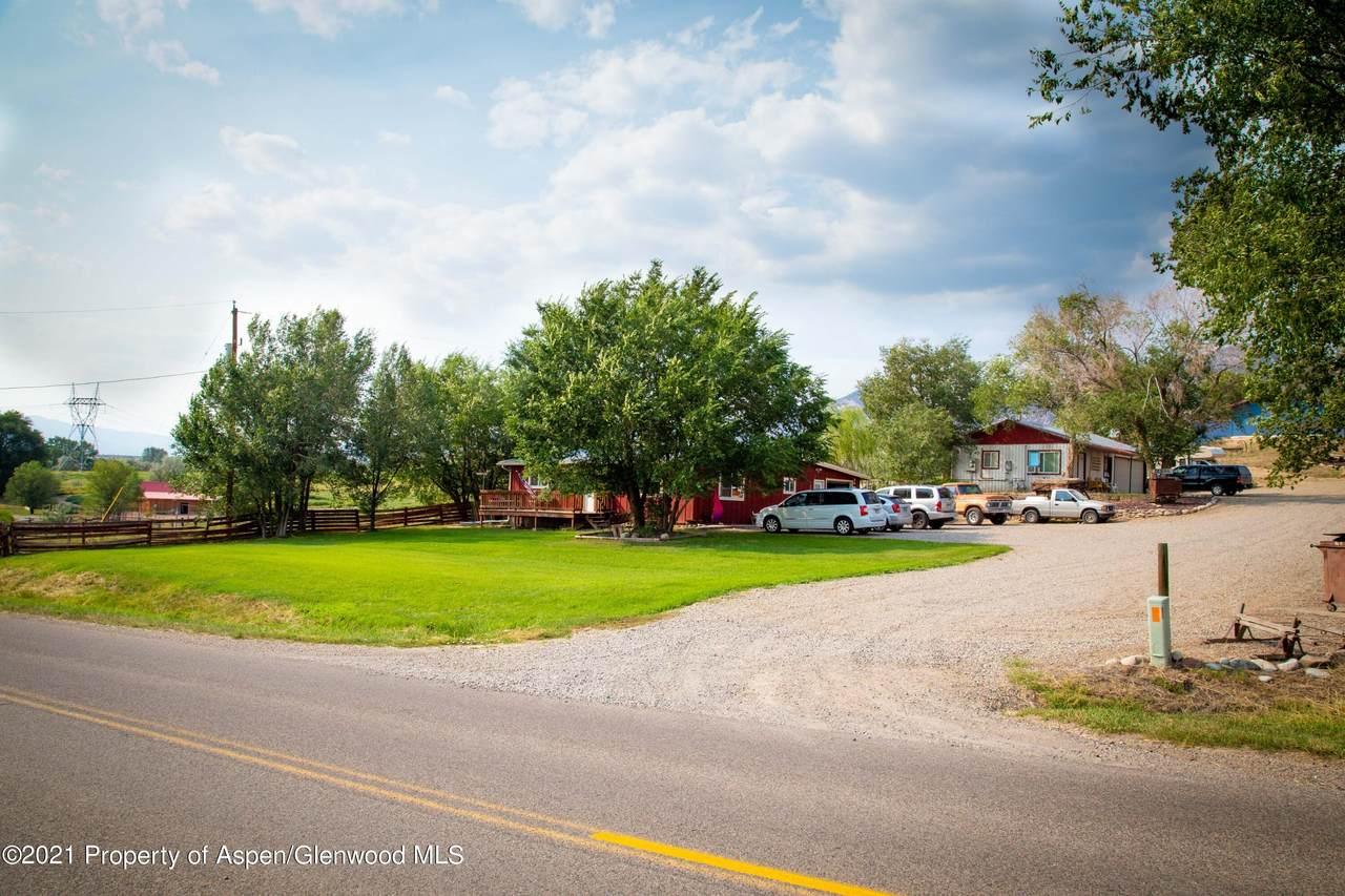 6021 County Road 233 - Photo 1