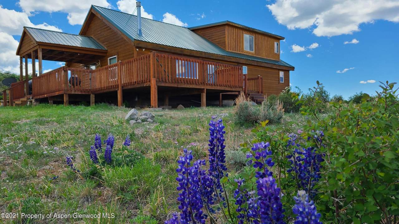 968 Rocky Mountain Way - Photo 1