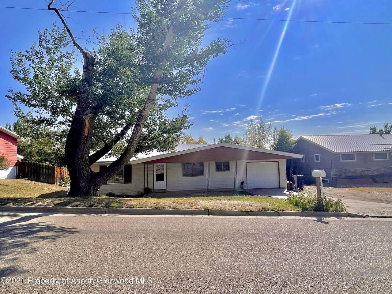 1045 School Street - Photo 1
