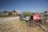 1802 County Road 102 - Photo 4