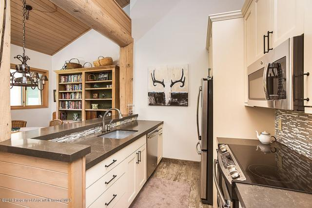 150 Snowmass Club Circle #1537, Snowmass Village, CO 81615 (MLS #154844) :: McKinley Sales Real Estate