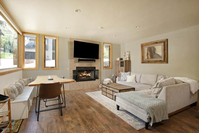 135 Carriage Way Unit 3, Snowmass Village, CO 81615 (MLS #164512) :: Roaring Fork Valley Homes