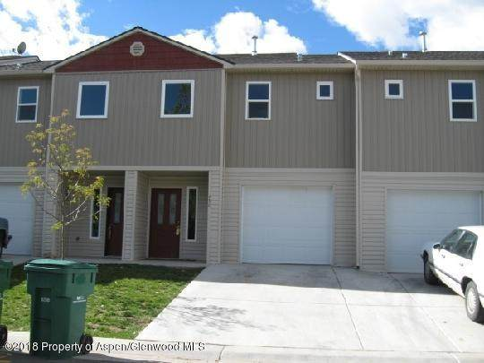 440 Yarrow Circle - Photo 1