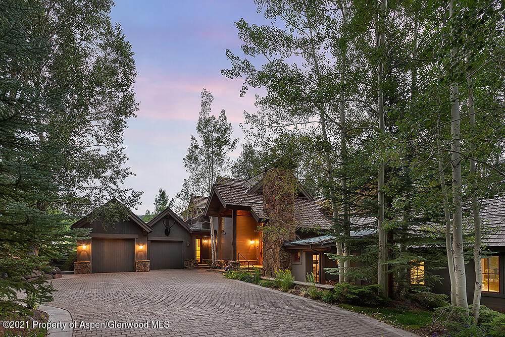1041 Horse Ranch Drive - Photo 1