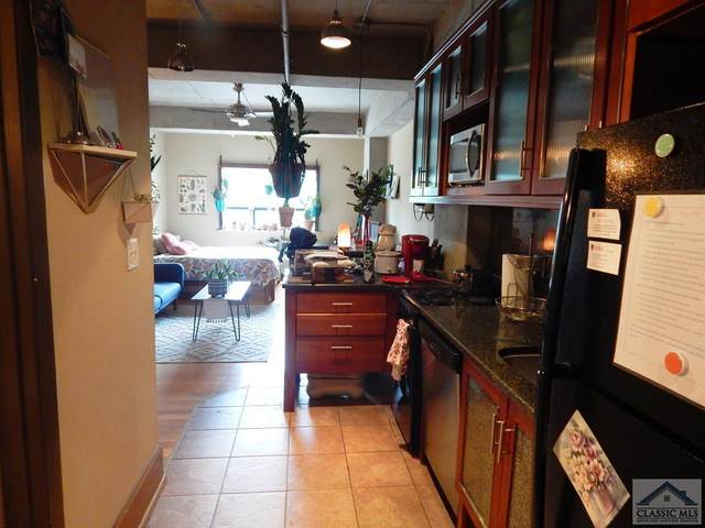 131 Broad Street E #303, Athens, GA 30601 (MLS #976841) :: Signature Real Estate of Athens